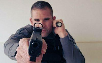 Linterna táctica; un imprescindible en el equipo policial